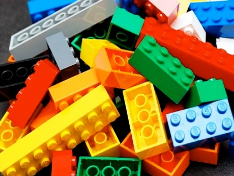 Pile of colored Lego bricks