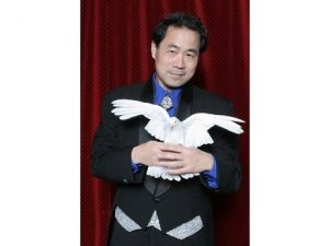 Magician James Lee