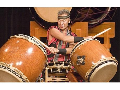 Kenny Endo taiko drumming