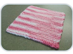 Knitted pink dishcloth
