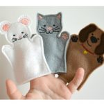 hand with finger puppets