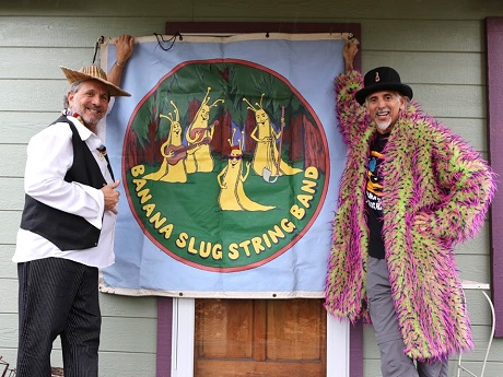 """Doug Dirt"" and Airy Larry"", members of the Banana Slug String Band"