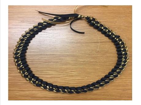 Ribbon Lei Image